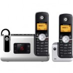 Motorola DECT 6.0 Cordless Phone with 2 Handsets, Digital Answering System and DECT 6.0 Headset - L903